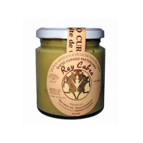 Crema spalmabile di formaggio di capra all'olio d' oliva Rey Cabra in confezione da 240 gr.